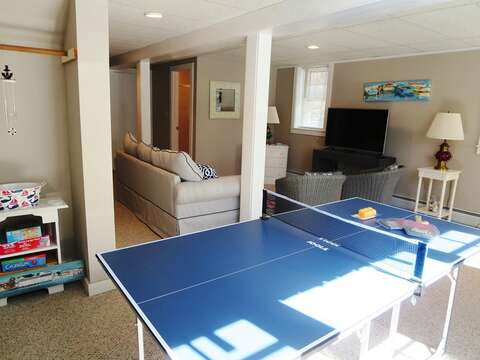 Ping pong and games - 14 Capri Lane Chatham Cape Cod New England Vacation Rentals