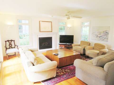 Living room with flat Screen TV - 1789 Main Street Chatham Cape Cod New England Vacation Rentals