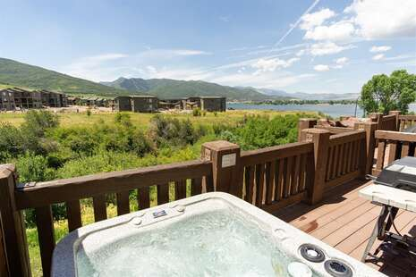 Private Hot Tub with Views of Pineview Reservoir