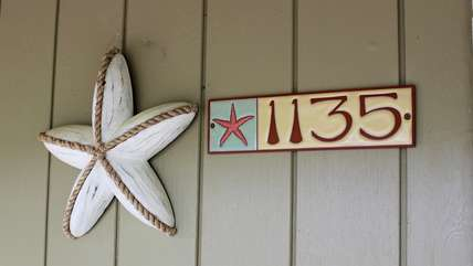 1135 Summerwind is the perfect cottage for your family vacation.