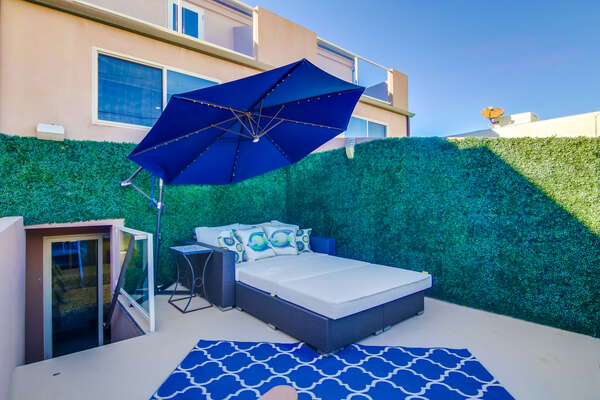The Sun deck of this San Diego vacation home rental on the 2nd Floor; Green wall no longer installed.