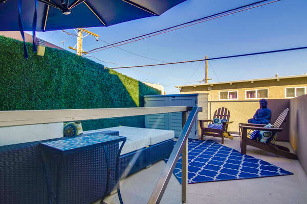 Sun deck on the 2nd Floor; Green wall no longer installed.