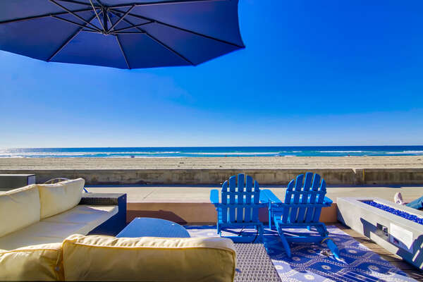 Oceanfront Patio with beautiful view of Mission Beach.
