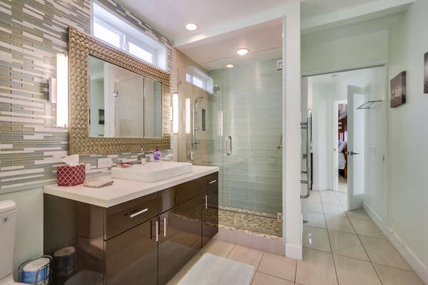 Full Bathroom with Walk in Shower