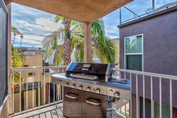 Second Floor Balcony with BBQ Grill