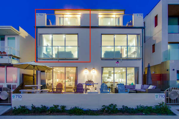 This San Diego vacation home rental, highlighted in red.