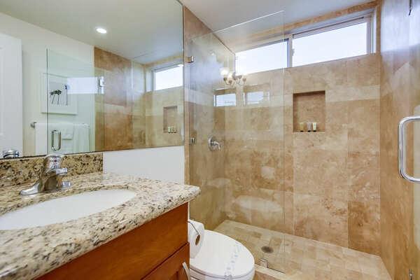 Entry Level Full Guest Bath