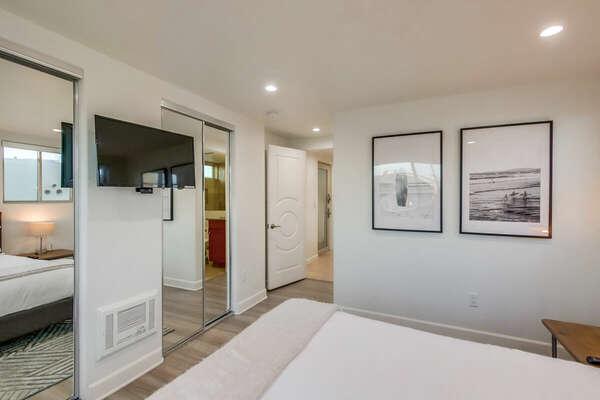 Guest Bedroom, Queen - Entry Level