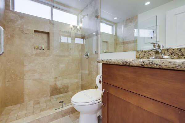 Full Guest Bath - Entry Level