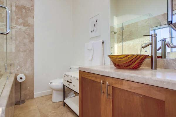 Master En-Suite Bath - Upper Level