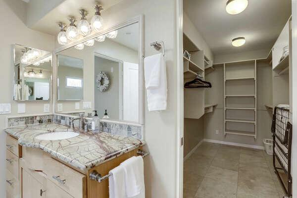 Master En-Suite Bathroom - 3rd Floor