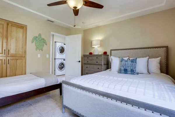 Guest Bedroom w/ Queen and Twin - 3rd Floor