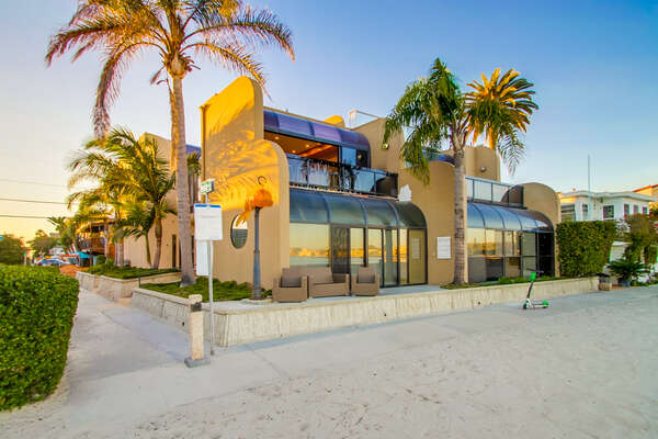 Exterior of Mission Bay Vacation Rental.