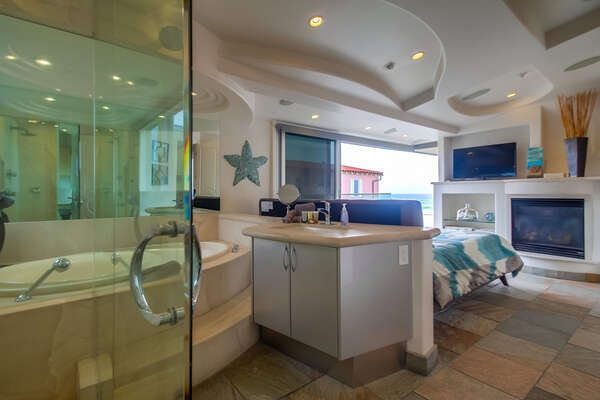 Image of En-Suite Bathroom and Bedroom.
