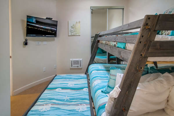 2nd bedroom with twin/full bunk + twin trundle