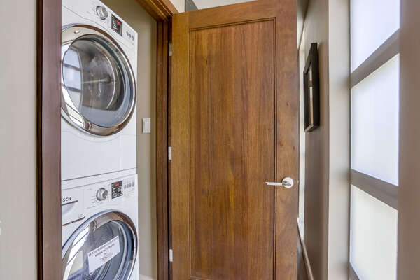 Washer/Dryer, Third Floor