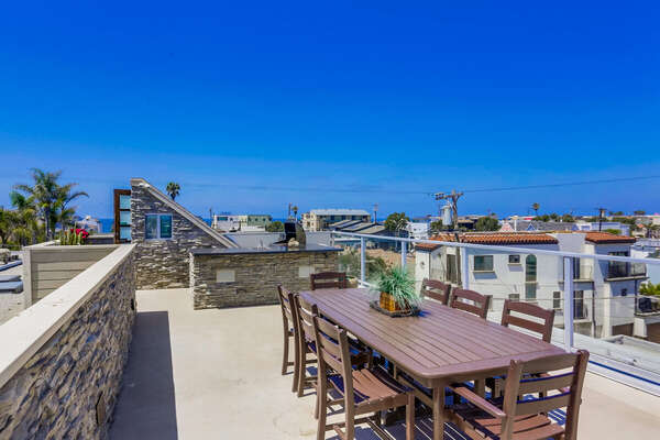 Roof Deck with Outdoor Kitchen Island and Bar