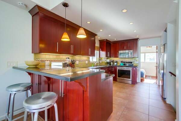 Breakfast Bar and Kitchen Area in Vacation Rental in San Diego.