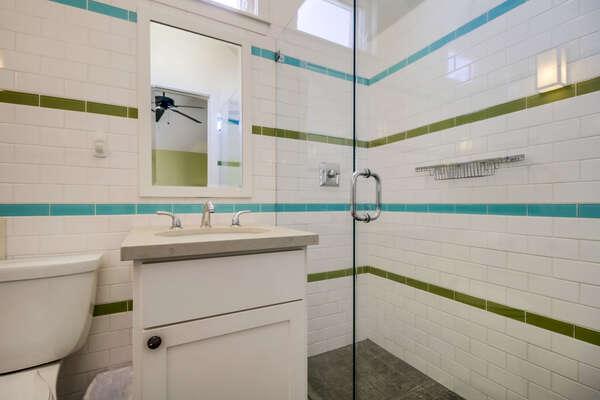 Master en-suite bathroom with shower