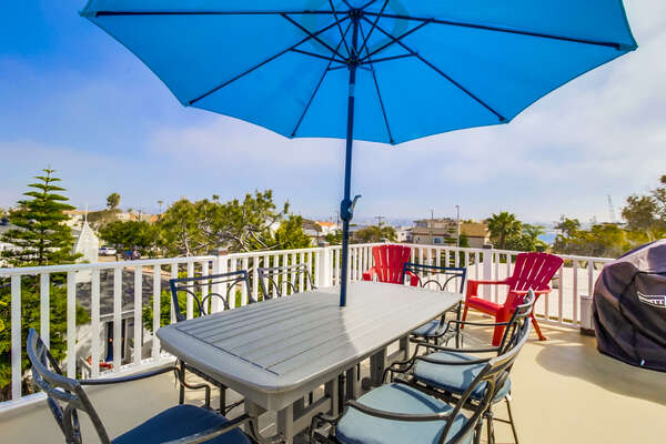 Upper level patio of this San Diego County Vacation Rental with ample seating.