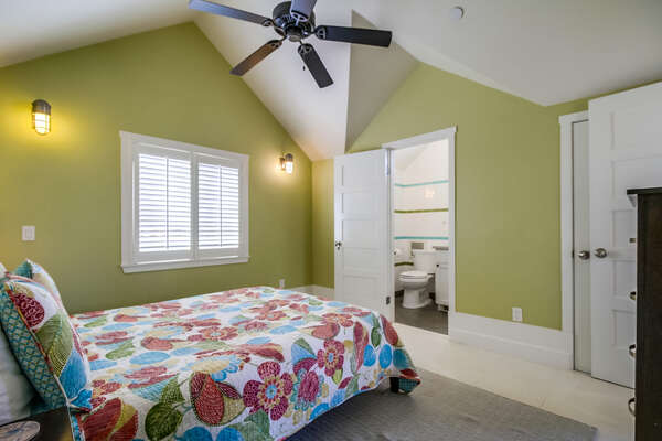 Master bedroom with Queen bed, ensuite bathroom