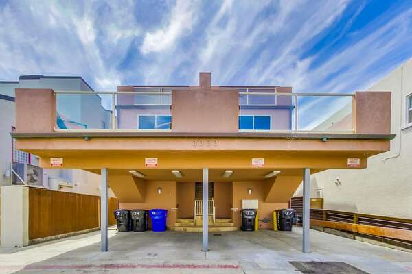 Carport of this San Diego vacation home rental.