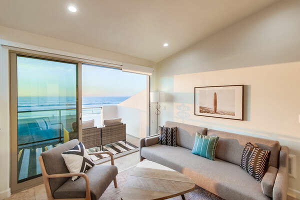 Ocean views - Upper level living room