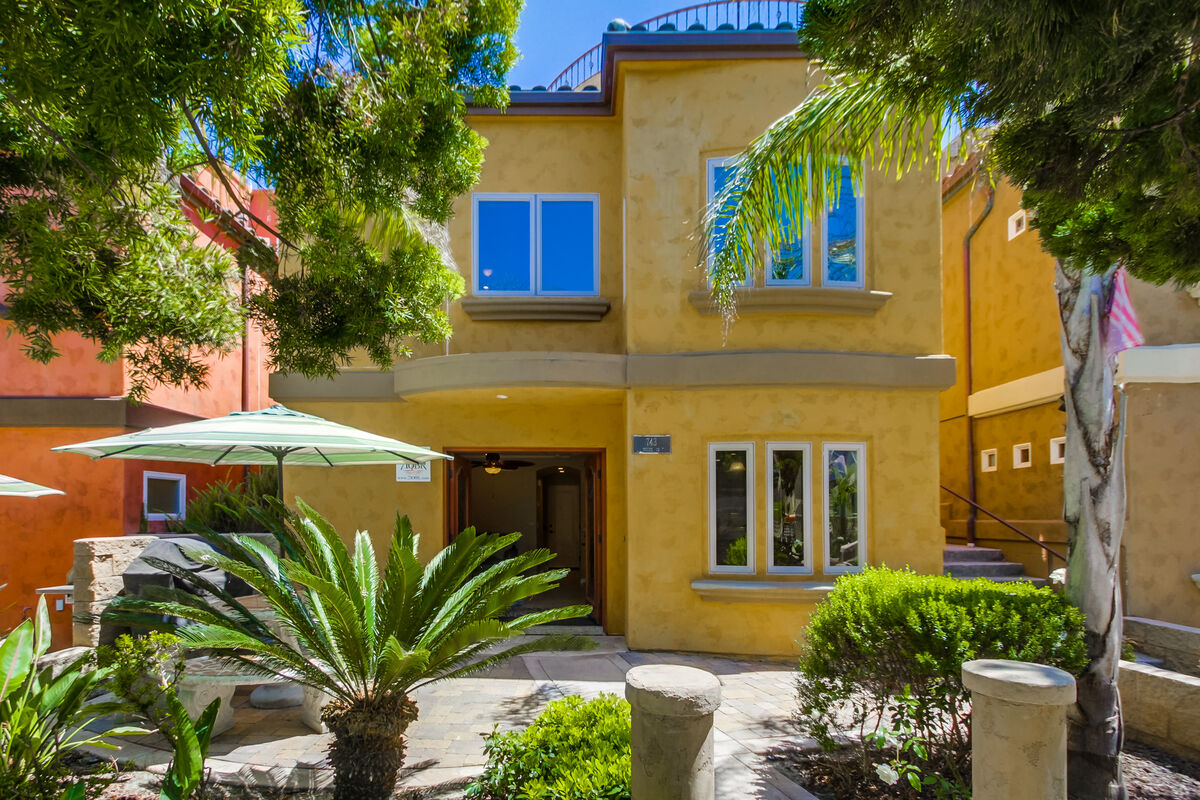 Book the Dover741&743 Vacation Rental in San Diego CA ...