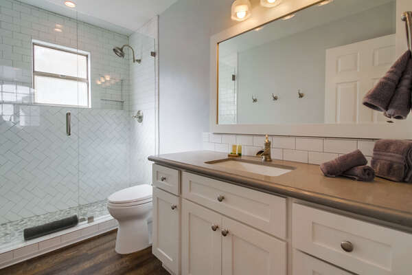 Full bathroom with Walk-in Shower