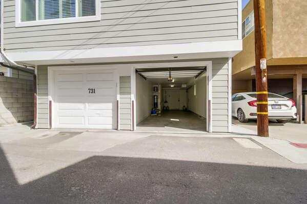Tandem garage for each unit - 6'8
