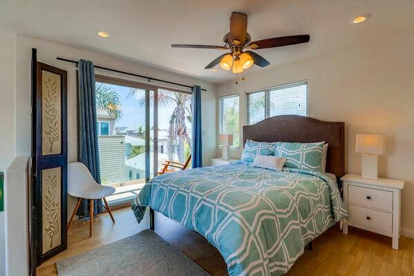 Third Floor Master Bedroom with Queen Bed