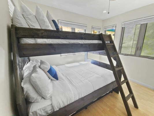 Bunk Room, Full/Twin Bunk - Second Floor