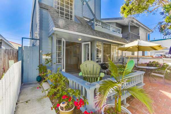 Patio and front exterior of this San Diego vacation home rental.