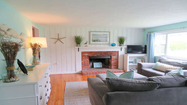 Flat Screen Tv and Free WiFI  - 13 Carol Lane West Harwich Cape Cod New England Vacation Rentals