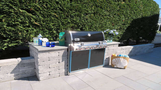 Built in Gas grill - hooked up to the gas line - Never run out of gas while grilling!  388 Main Street (The Priscilla House) Chatham Cape Cod New England Vacation Rentals