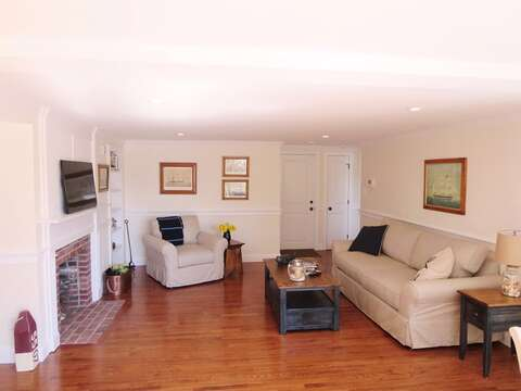 Plenty of comfortable seating. Sofa pulls out to Queen Bed. - 109 Misty Meadow Lane #1 Chatham Cape Cod New England Vacation Rentals