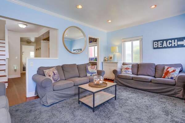 Living Room in San Diego Vacation Rental.