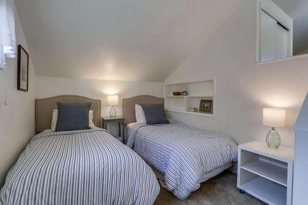 Twin Beds and Night Stand in San Diego Vacation Rental.
