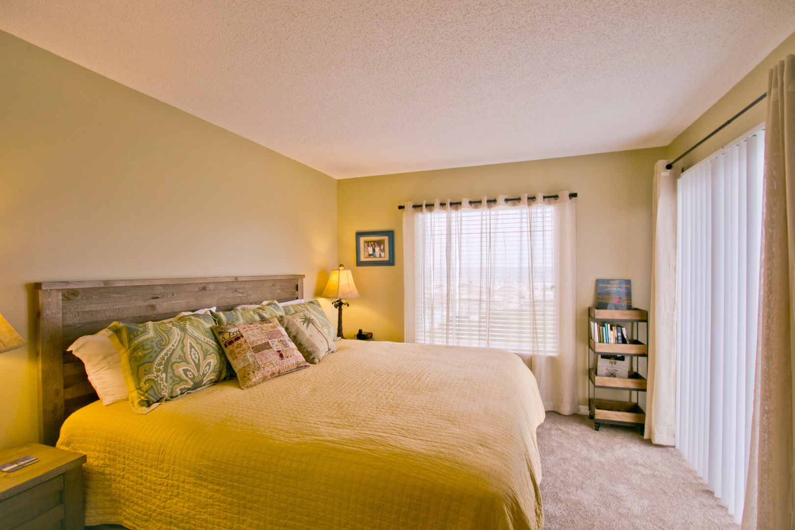 Master Suite Bedroom with King Bed