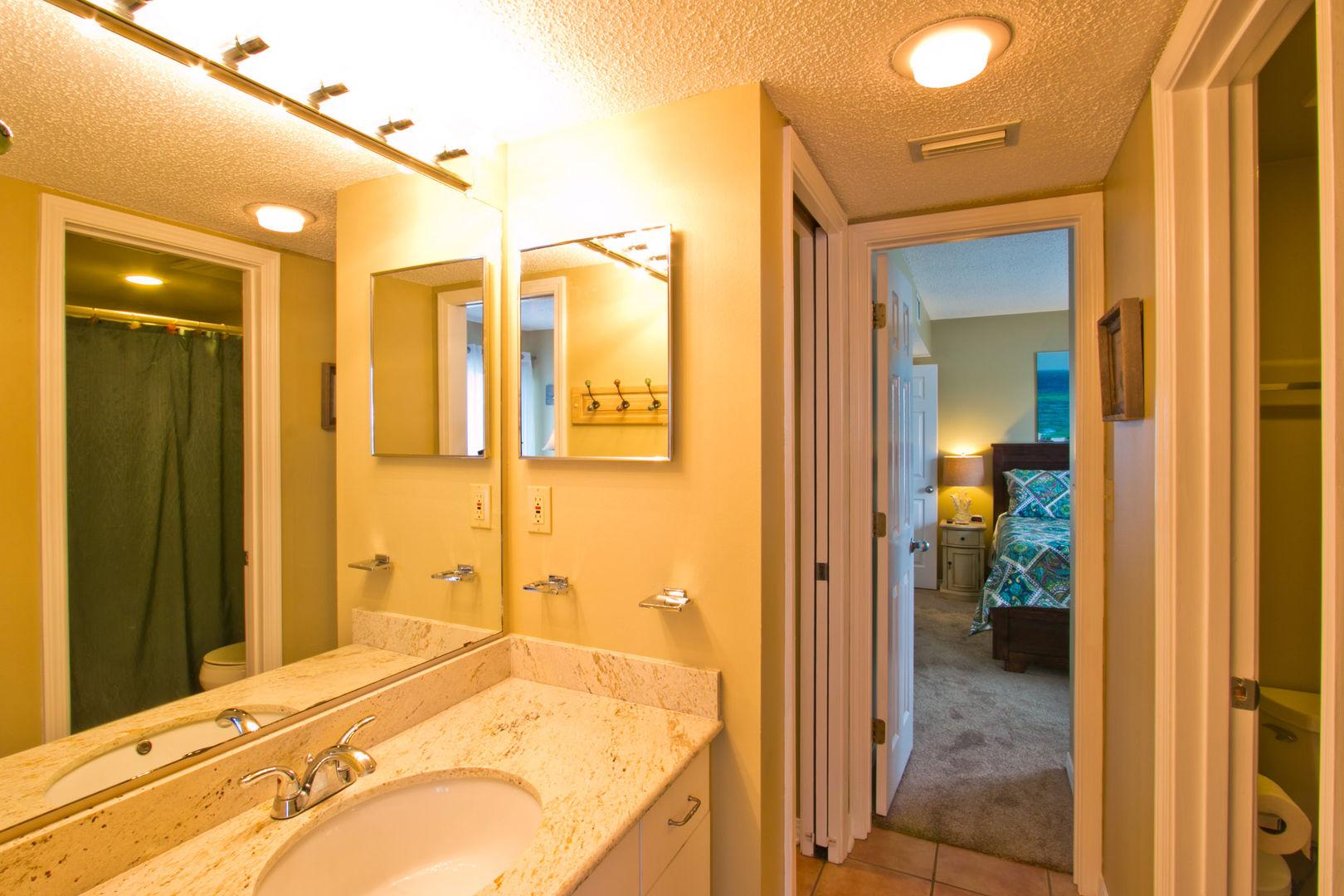 Jack and Jill Guest Bathroom