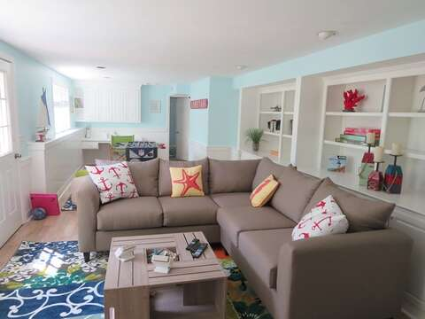 Comfy seating - 93 Pine Ridge Road Chatham Cape Cod New England Vacation Rentals