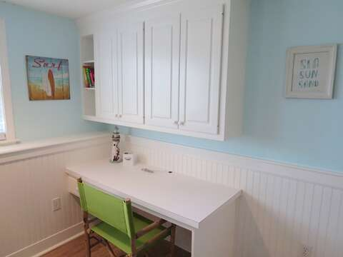 Desk area. Set up your laptop and enjoy a nice area to work or check Facebook and post pics of your vacation! 93 Pine Ridge Road Chatham Cape Cod New England Vacation Rentals