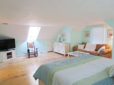 Flat screen TV in bedroom - 93 Pine Ridge Road Chatham Cape Cod New England Vacation Rentals