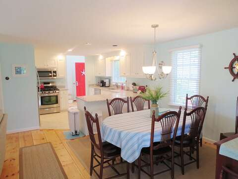Dining seats 6-8 and 4 at breakfast bar - 93 Pine Ridge Road Chatham Cape Cod New England Vacation Rentals