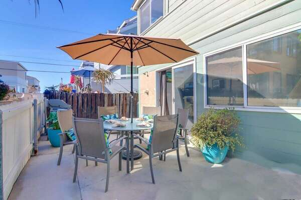Ground Floor Patio with BBQ and Outdoor Dining