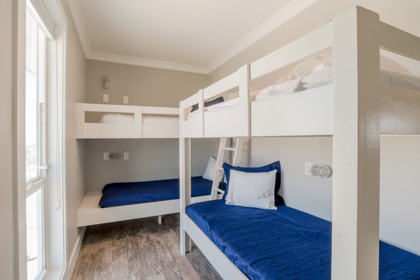 Second Bunk Room with 2 Twin Bunks