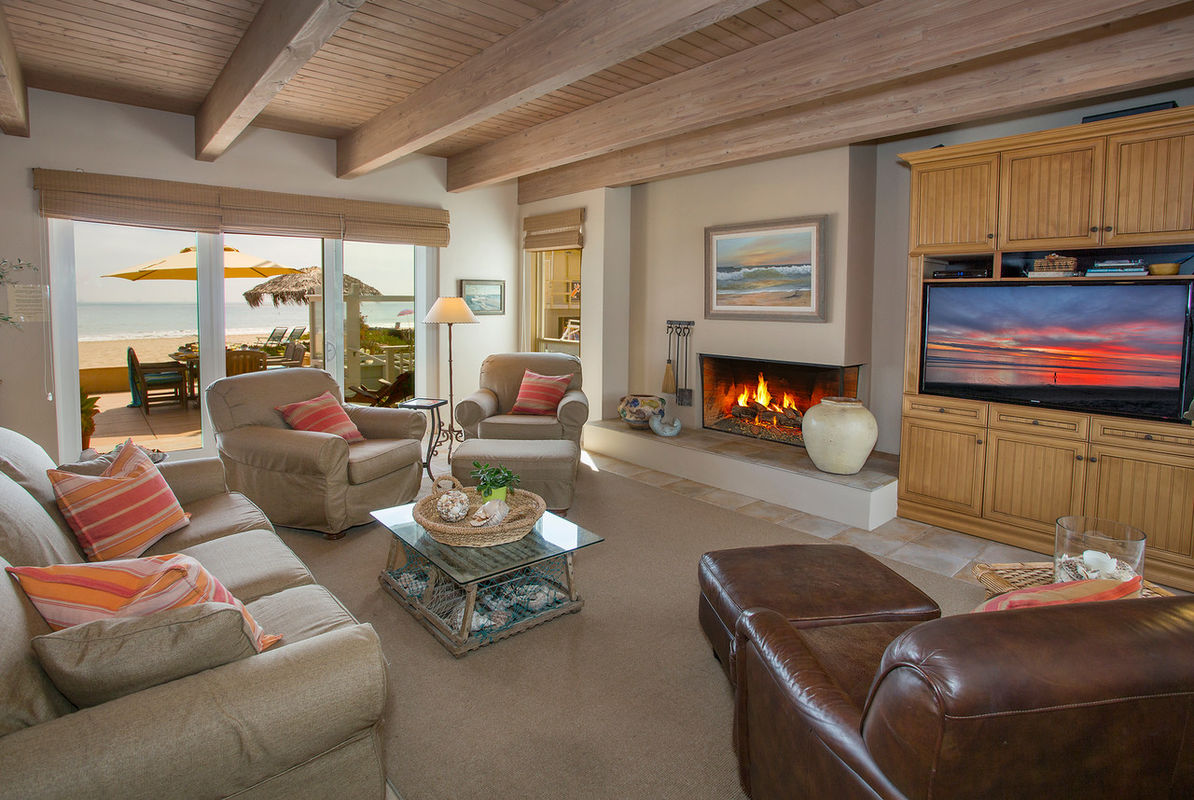 Living Room fireplace provides warmth on chilly evenings