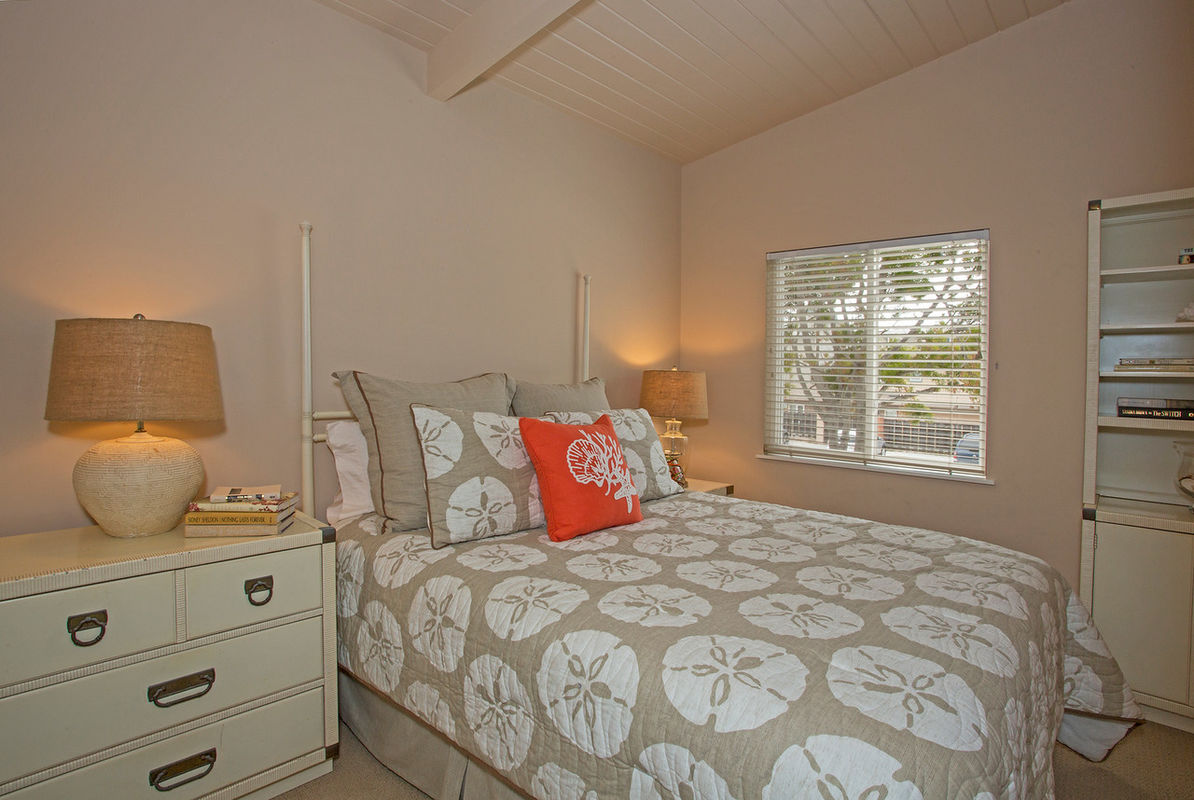 Bedroom #3 w/Queen-size bed