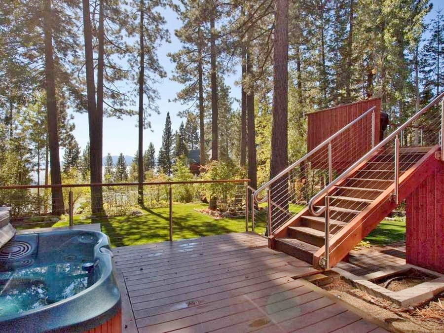 Outside Mid-level Deck with Hot Tub