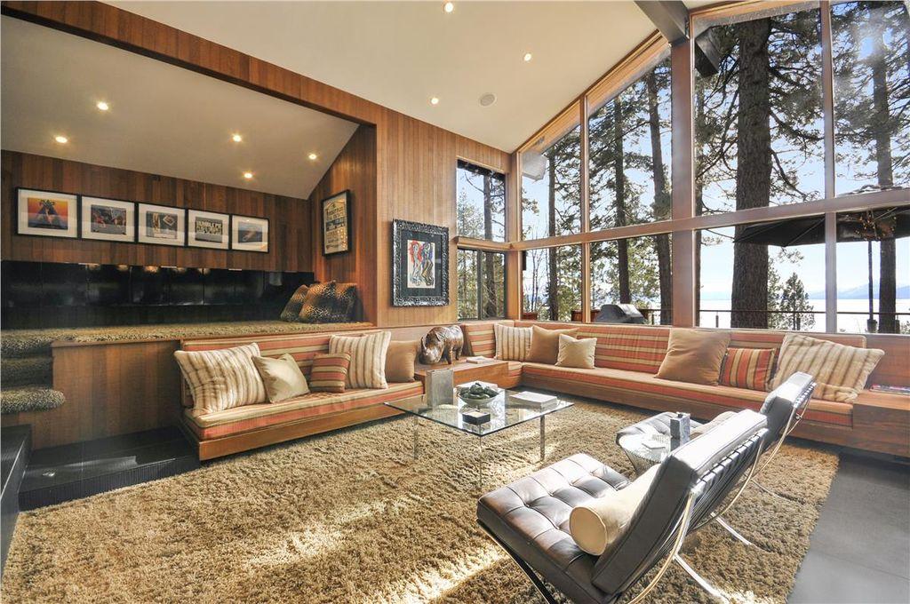 Beautiful full windows in great room